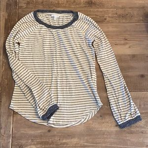 Black and Cream striped top. Lucky Brand. Size: XS